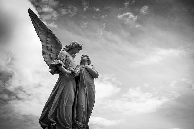 Amém - Imagem com 2 anjos